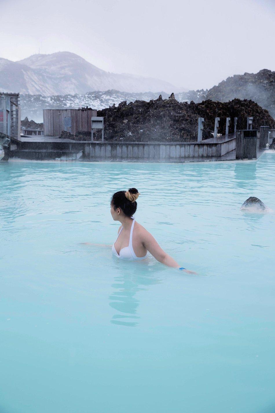 blue lagoon iceland jinna yang greaseandglamour