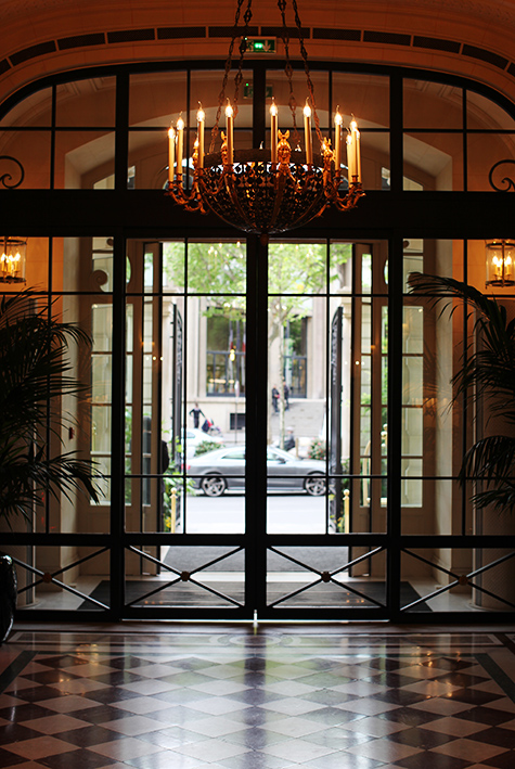 shangri-la hotel paris france