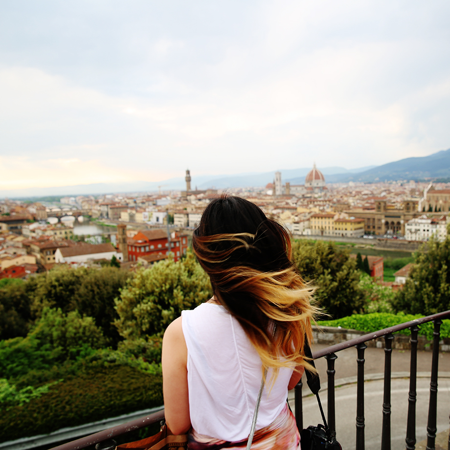 Florence | Piazza Michaelangelo | Grease & Glamour