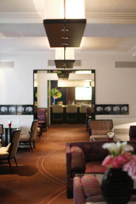 Hotel Tremoille, Paris | Travel