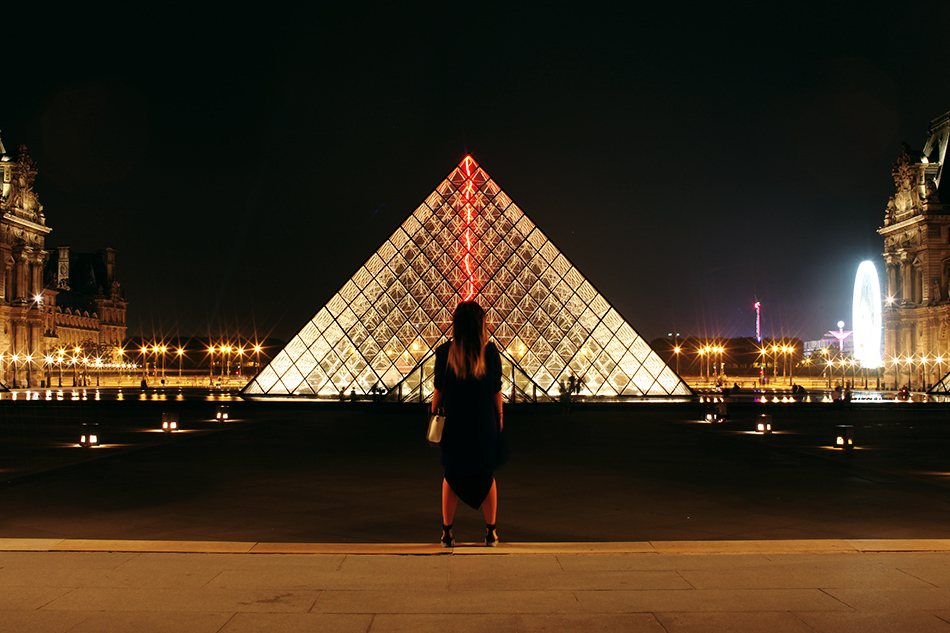 Le Louvre at Night | Paris | Travel | Grease & Glamour