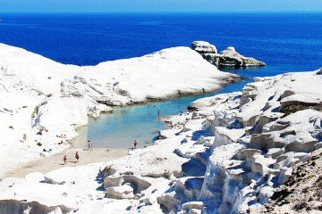 Sarakiniko-Beach-Milos-Greece