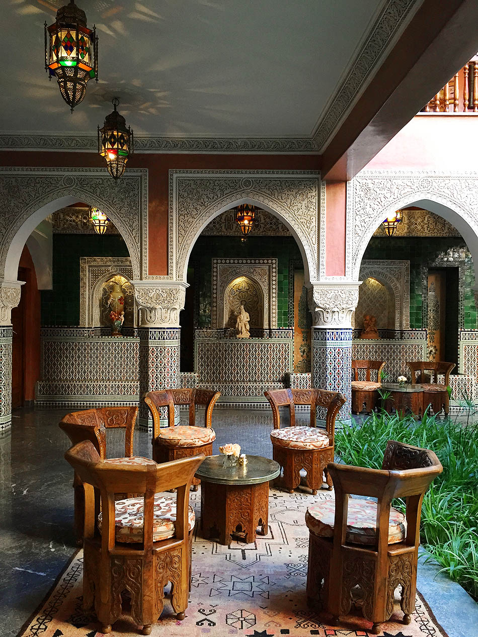 Trust me you ll want to stay here la sultana hotel in for Design hotel marrakech