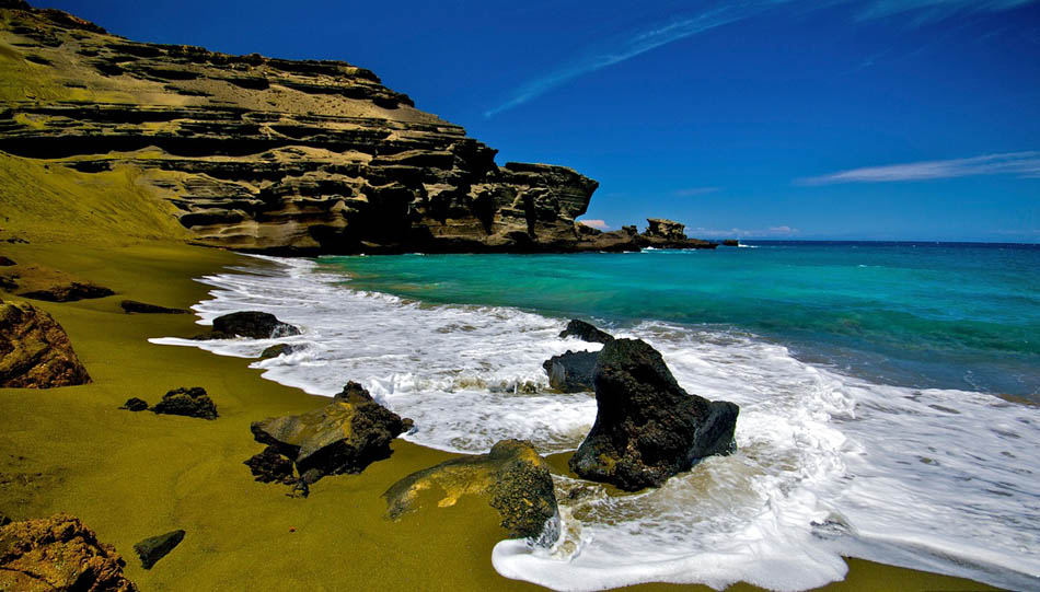 The Most Exotic Beaches In The World | Papakolea Green Sand Beach | Hawaii | Travel