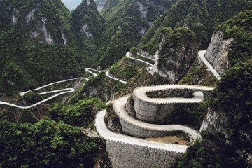 Tianmen-Mountain-Road-China