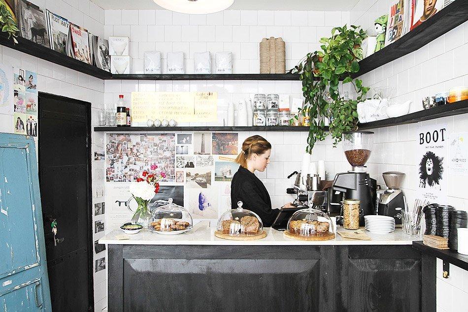 boot cafe in paris