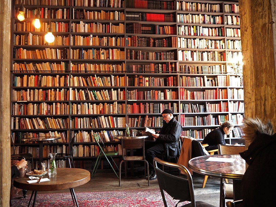 Used Books Cafe Paris