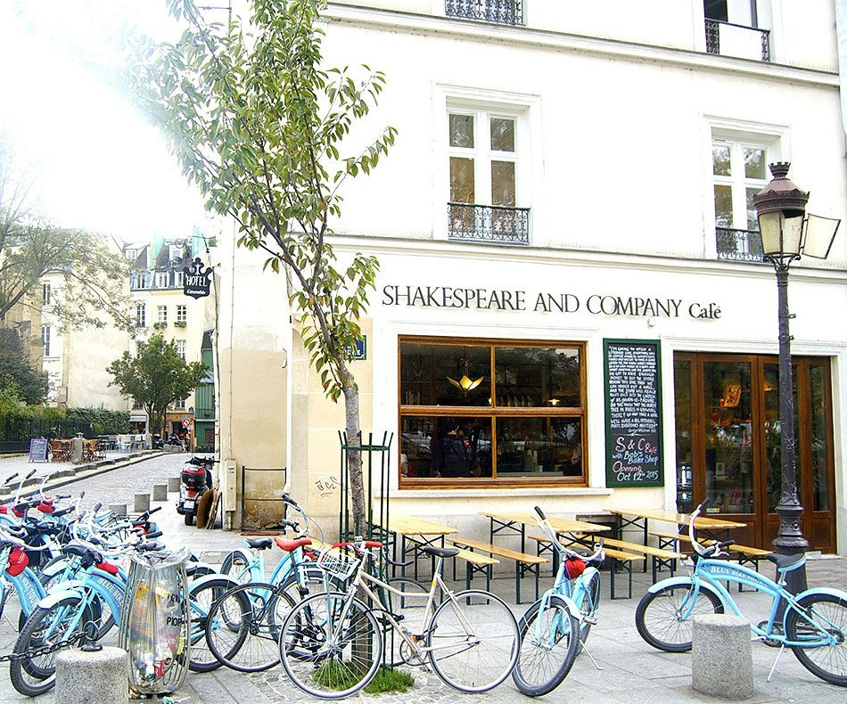 shakespeare and company cafe - paris