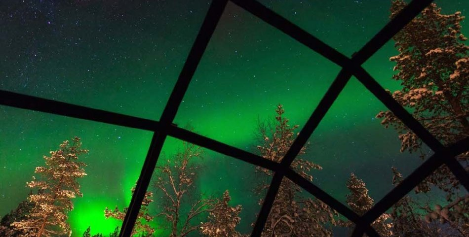 Northern-Lights-from-Glass-Domed-Igloo-at-Kakslauttanen copy copy