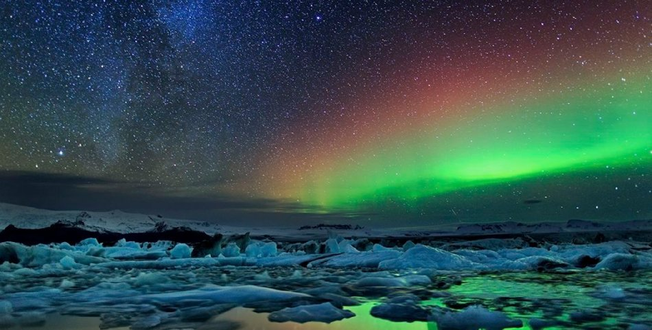 northern-lights-aurora-borealis-in-iceland-2 copy copy