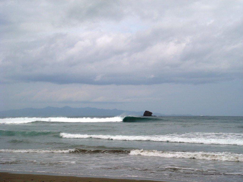 Playa Hermosa, Surfing in Nicaragua